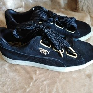 NWT Puma Suede Black Sneakers Shoes 8.5